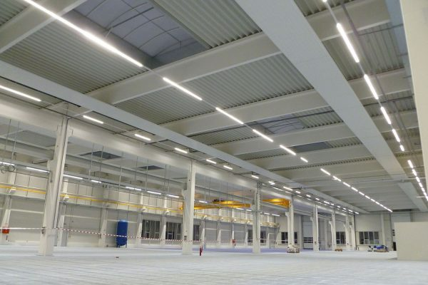 Continuous Linkable LED Linear Trunk System